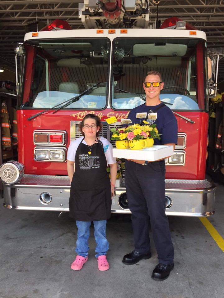 Flowers By Eddie Honors Those Who Give To The Community Vinton